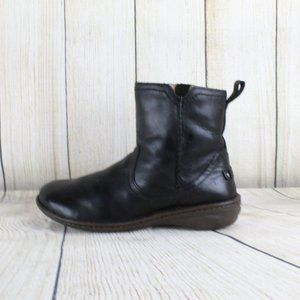 UGG Leather Booties Shearling Lined Ankle Boots